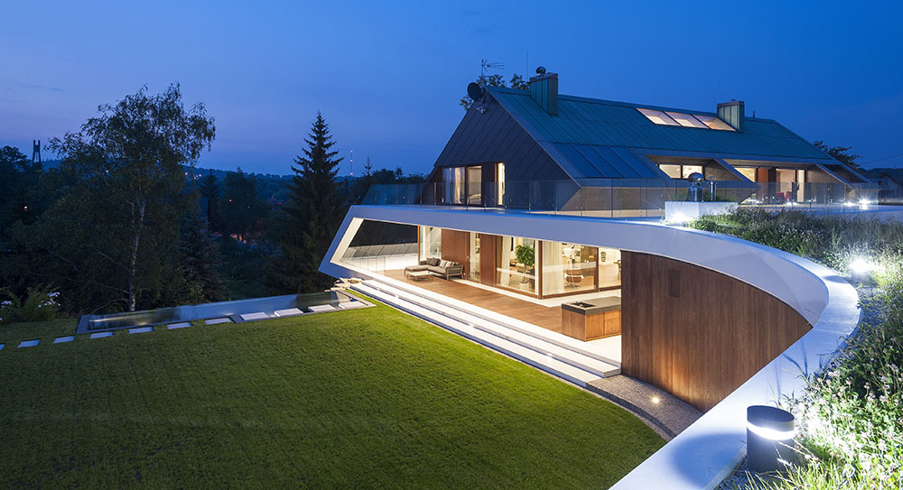 Nejlepší rodinný dům v Polsku postavili na nepraktickém pozemku