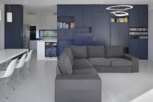 společenský prostor s jídelnou a obývacím pokojem