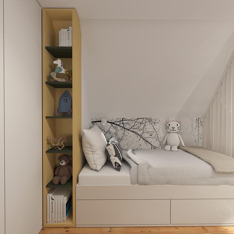 Úzký prostor mezi postelí a skříní je využit pro policovou sestavu.