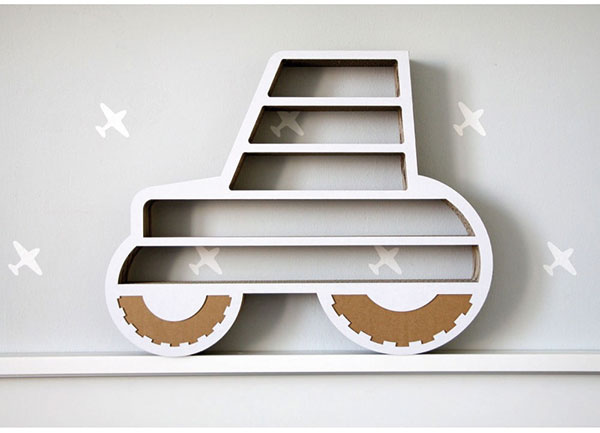 Polička ve tvaru traktor