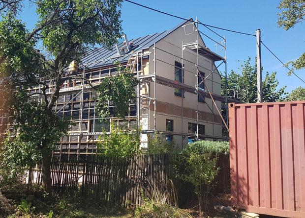 průběh stavby domu