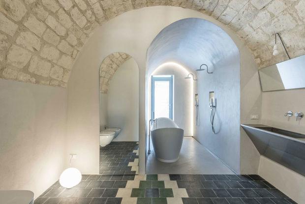 koupelna s klenbou