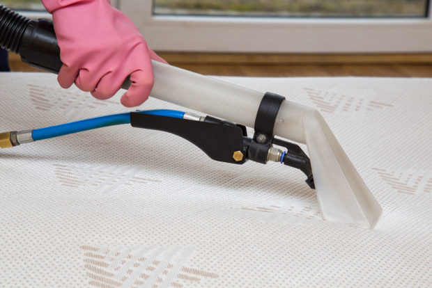 čistení matrací parou