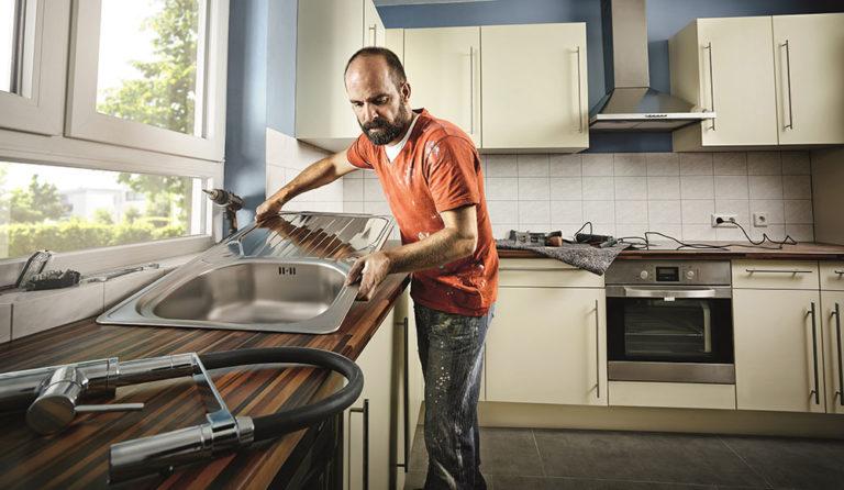 Jak na to: Výměna kuchyňského dřezu