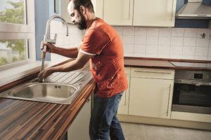 výmena kuchynského drezu