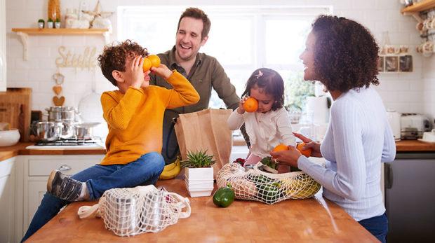rodinka v kuchyni
