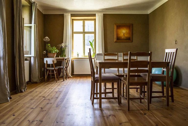 Co dokážou interiérové omítky