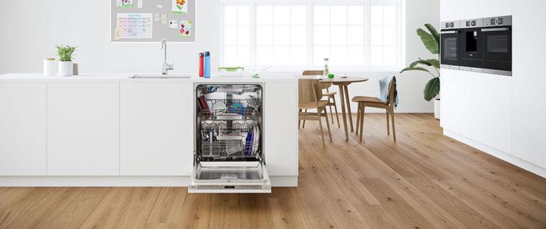 Nová generace myček nádobí Bosch s PerfectDry, flexibilním třetím košem a efektivní zónou Extra Clean