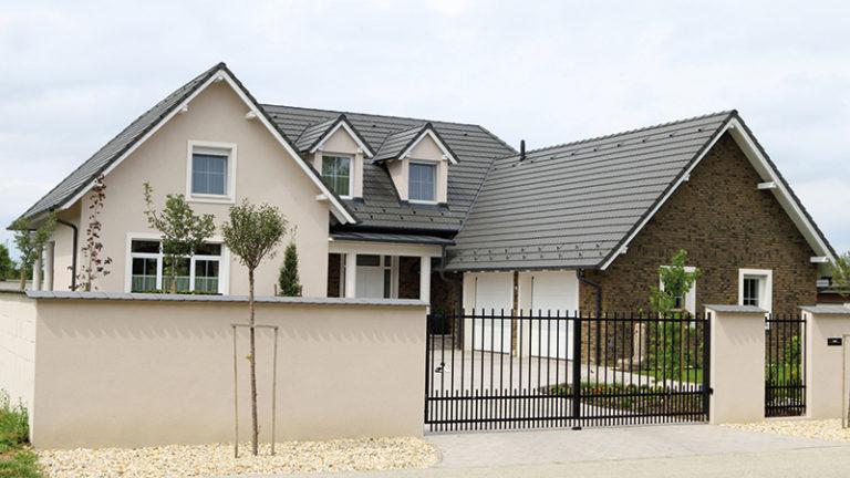 O střechách aktuálně: Jaké možnosti nabízejí dnešní materiály a konstrukce