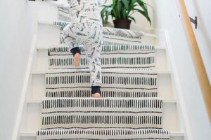 koberec na schodisti