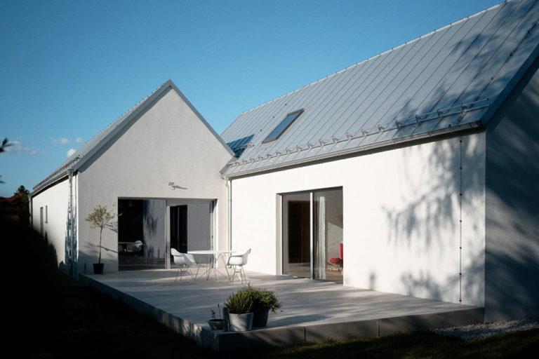 Dřevostavba může fungovat i jako dva samostatné domy