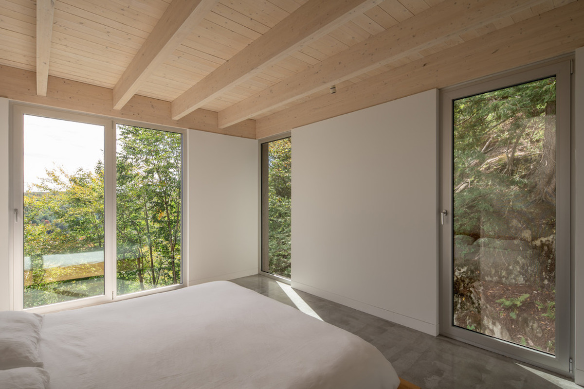 Forest house17