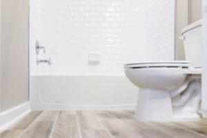 Triky s obkládačkami v koupelně
