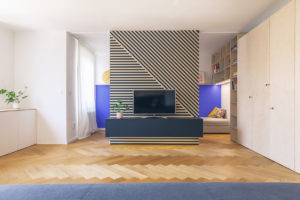 Obývací pokoj se vstupem do pracovny