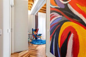 Malba a barevné křeslo