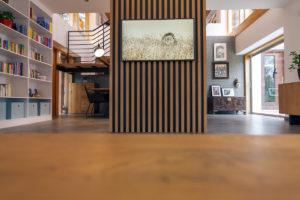Obývací pokoj stěna a malba