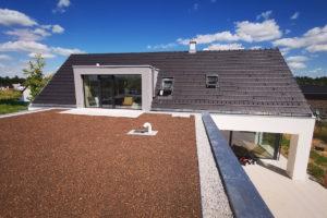 První dům e4 střecha