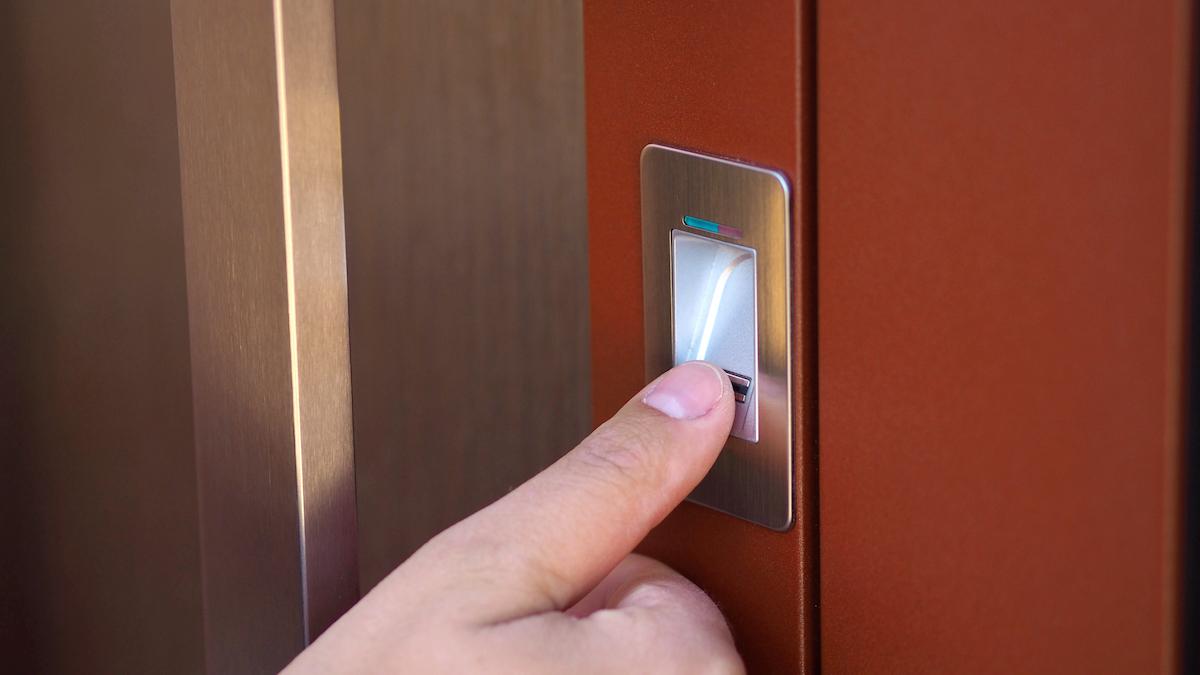 Čtečka otisku prstů pro vchodové dveře AKTIV 77