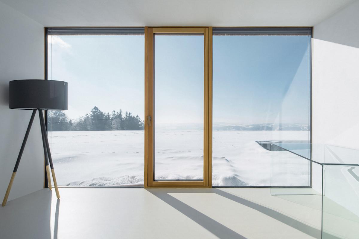 Výhled z pokoje domu