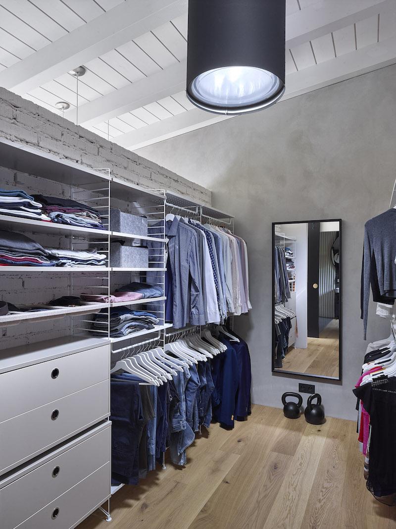 Světlovod v šatníku