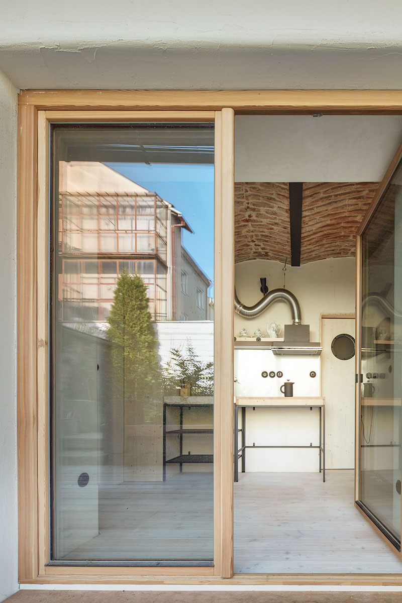 Kuchyň pohled z terasy