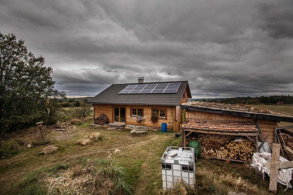 Dřevostavba s fotovoltaickými panely