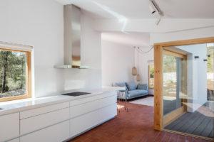 Obývací část a kuchyň