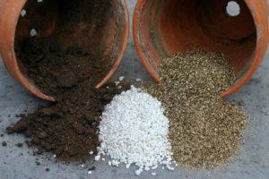 Komponenty pro zalévání půdy