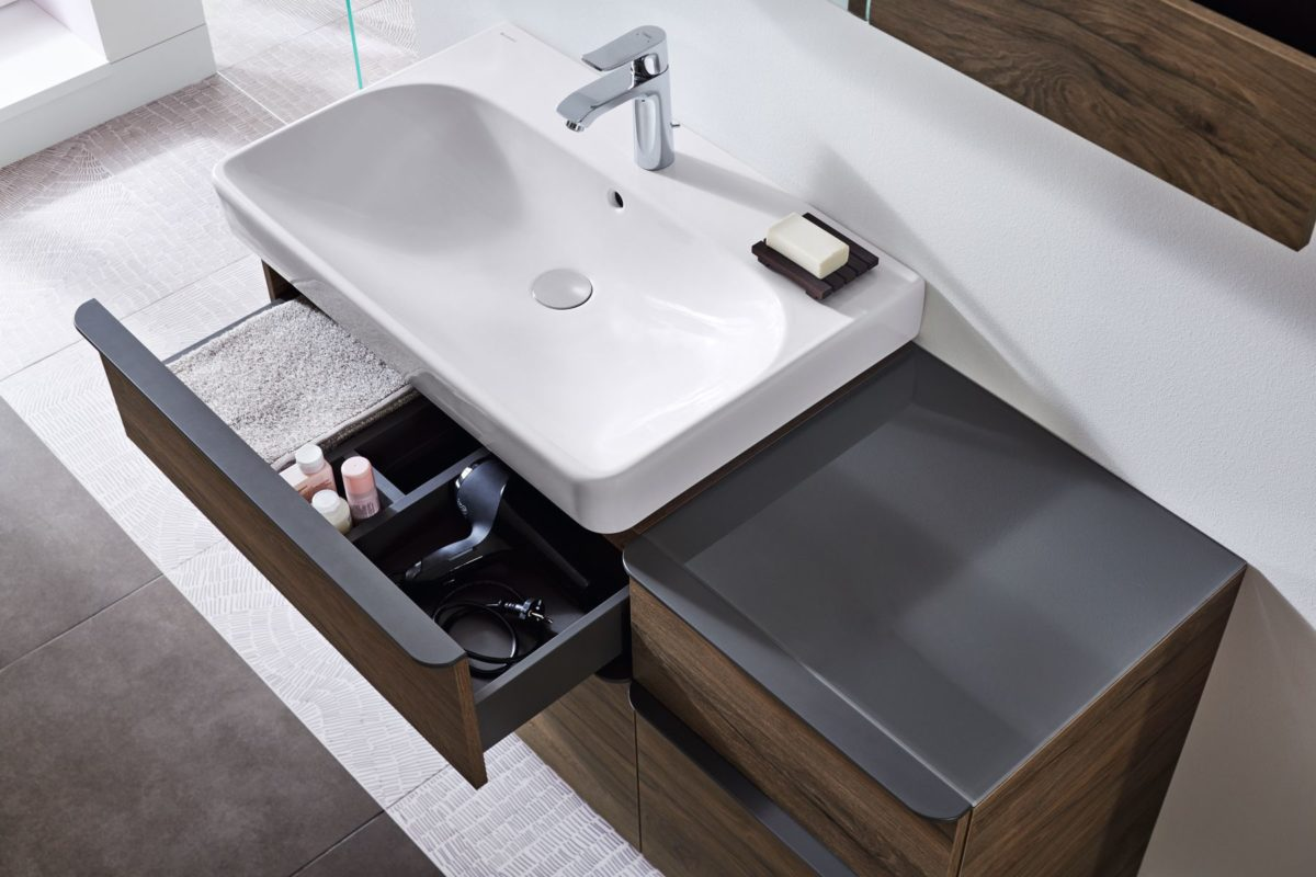 Dizajnové umyvadlo s nábytkem