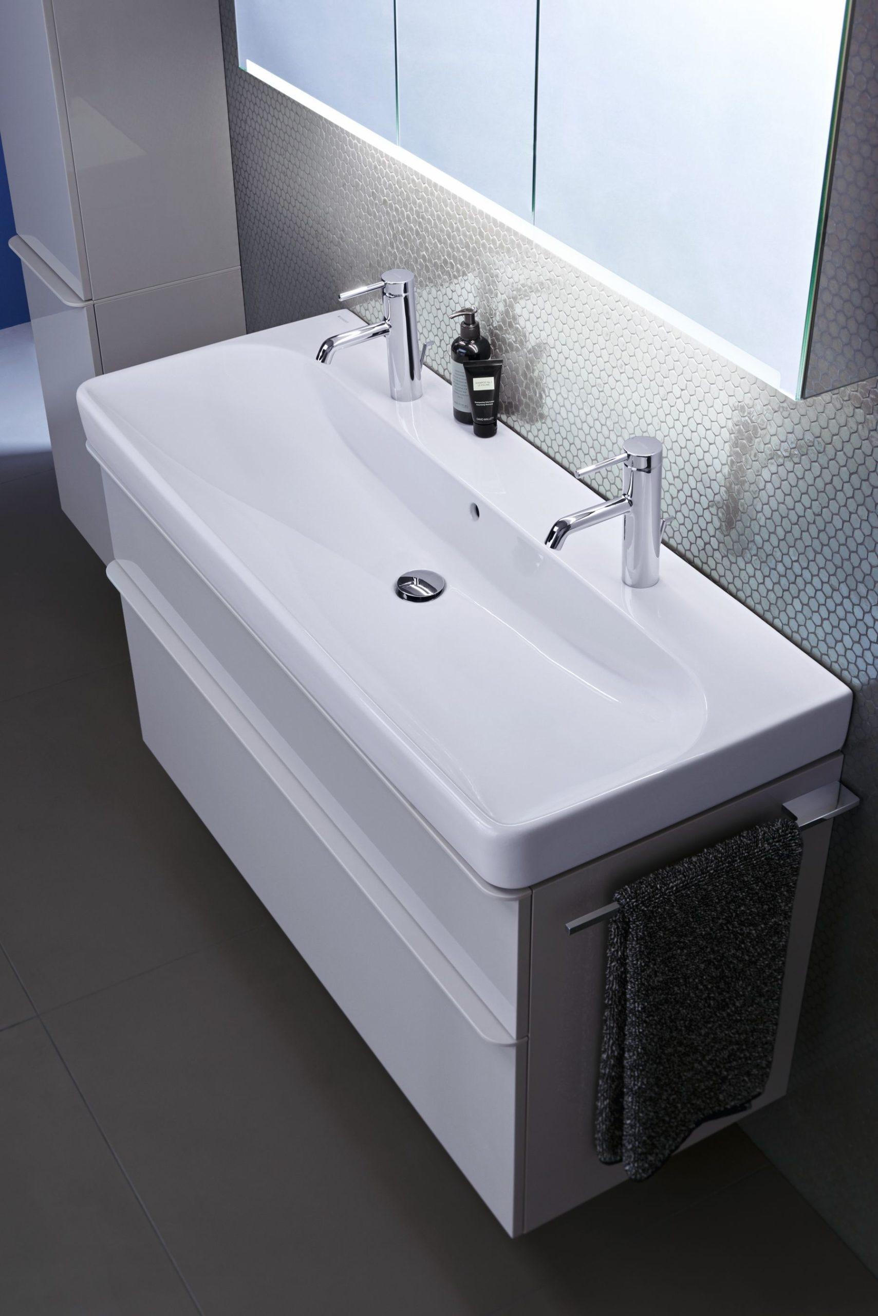 Obr.4_2019 Bathroom 07 G1 Geberit Smyle_Big Size