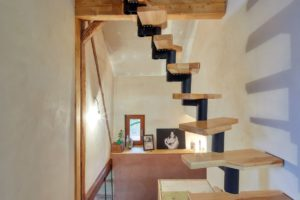 Atypické schody do podkroví