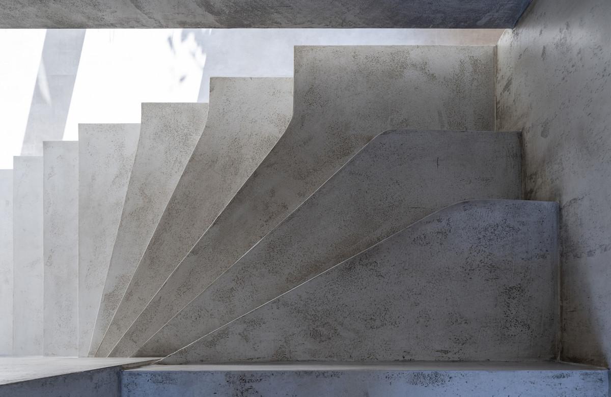 Atrium10