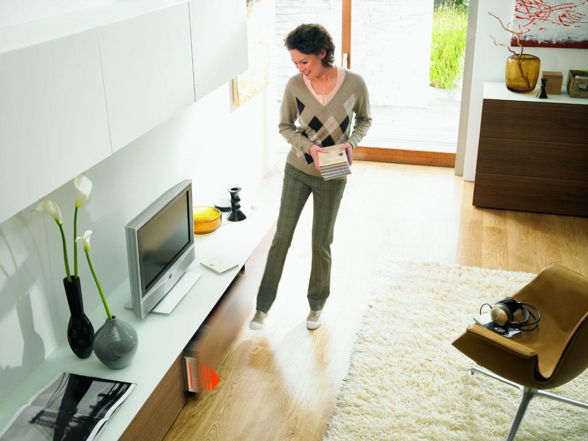 Žena v obýváku