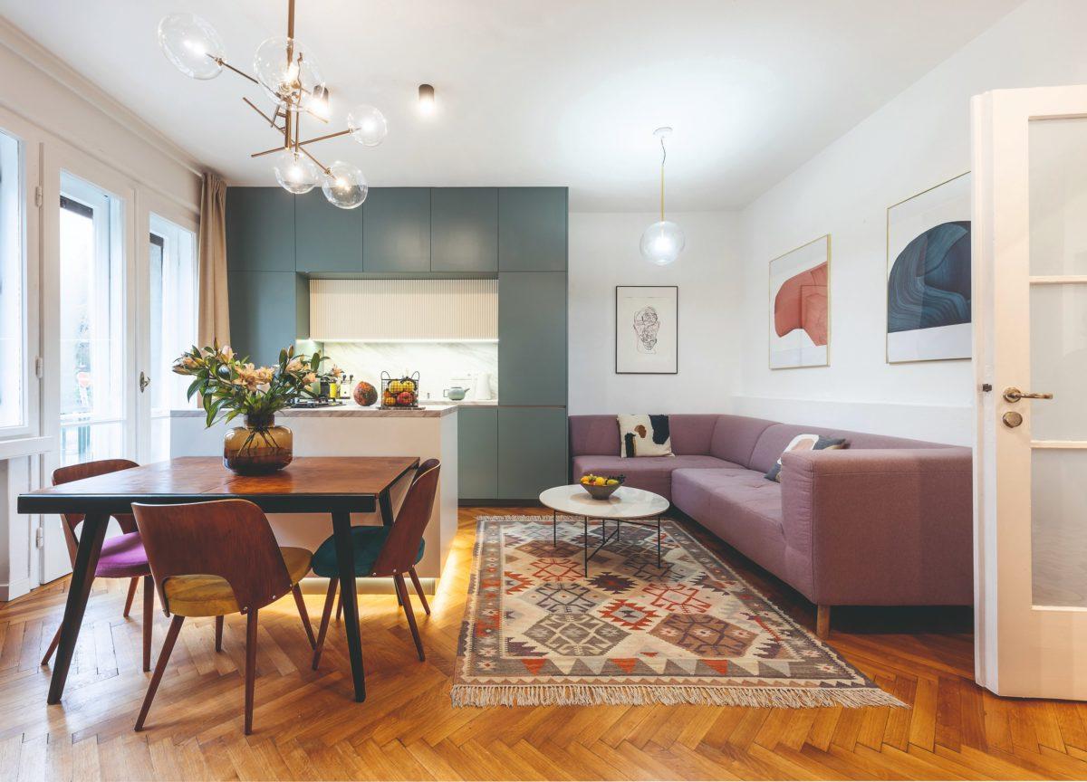 Byt v staletém domě prošel proměnou, při které se z něj stalo pohodové bydlení pro mladou rodinu