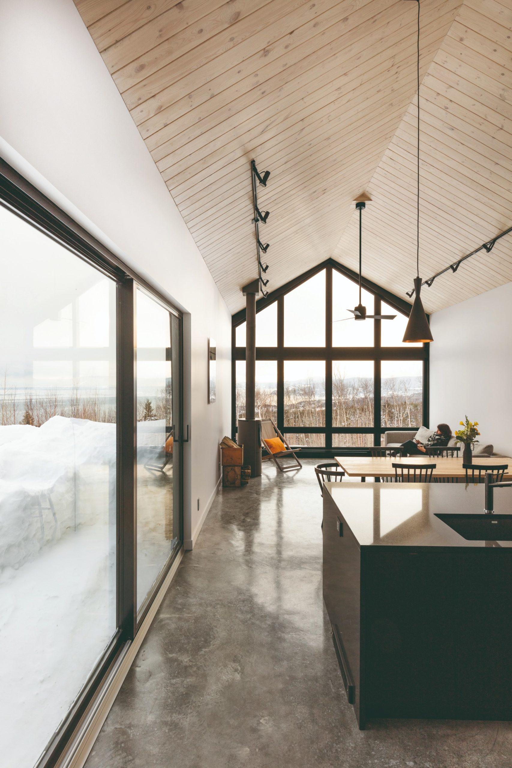 Minimalistický skandinávský styl v chatě