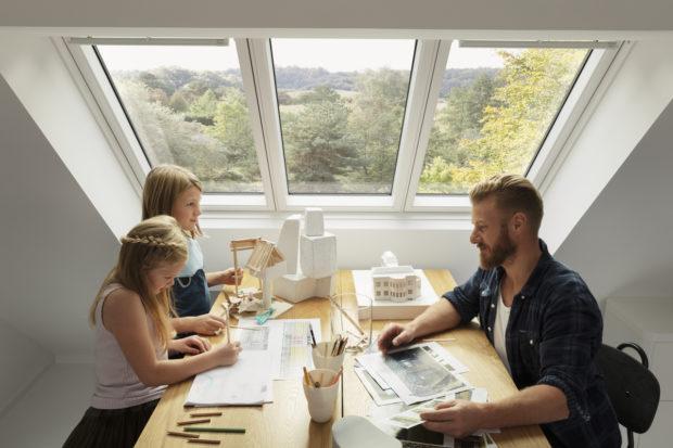 Střešní okna pomáhají zdravě žít a šetřit