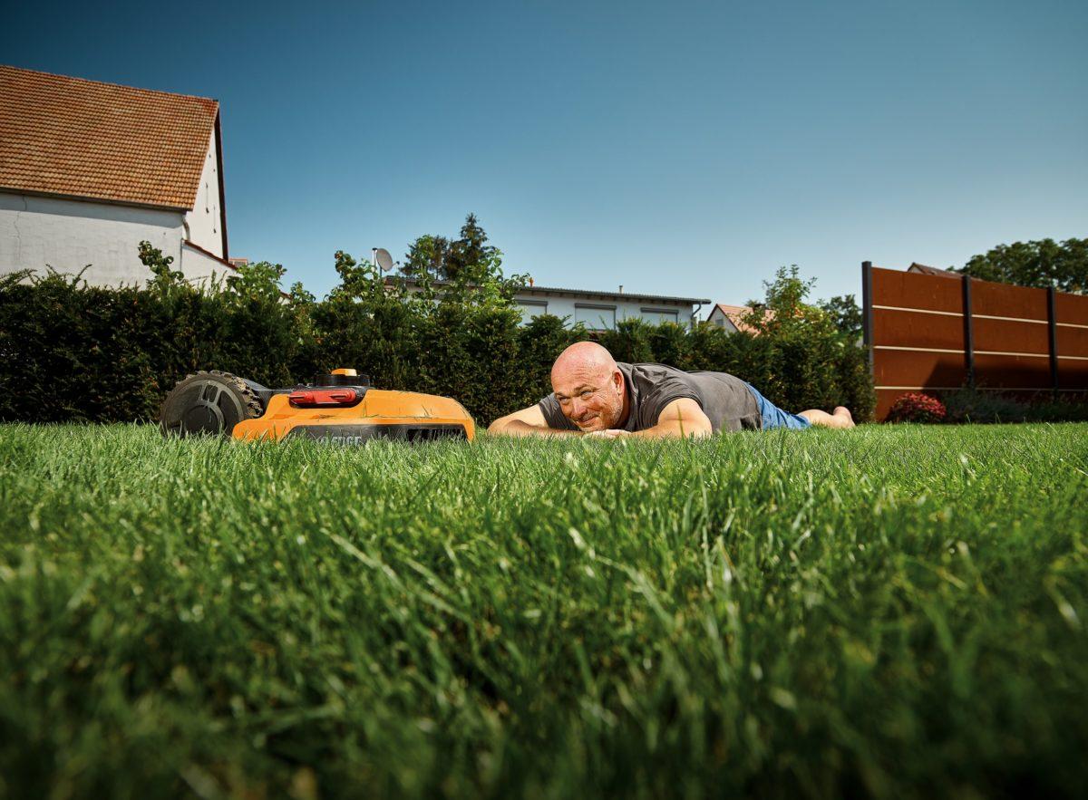 Jak správně na jaře připravit trávník