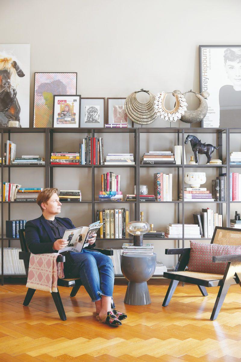 Velká knihovna s čitárnou