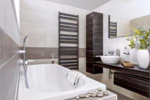 Koupelna v hnědé