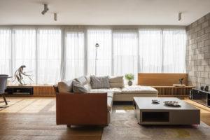 Nadčasový mezonet obývací část
