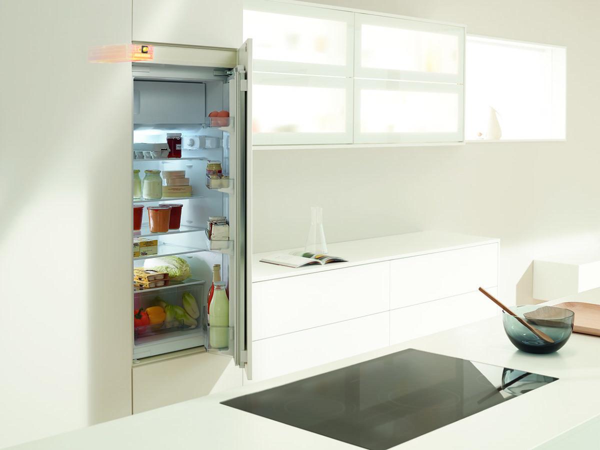 SERVO-DRIVE flex – systém pro dotykové otevírání lednic, mrazniček a integrovaných myček
