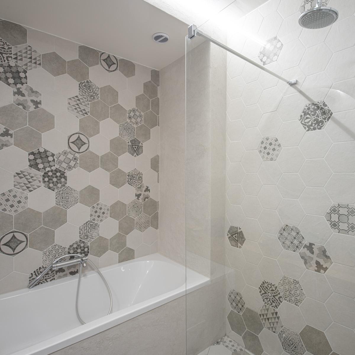 Hexagon18