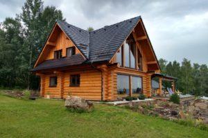 Moderní srubové stavby