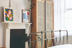 Bambusová skříň v ložnici