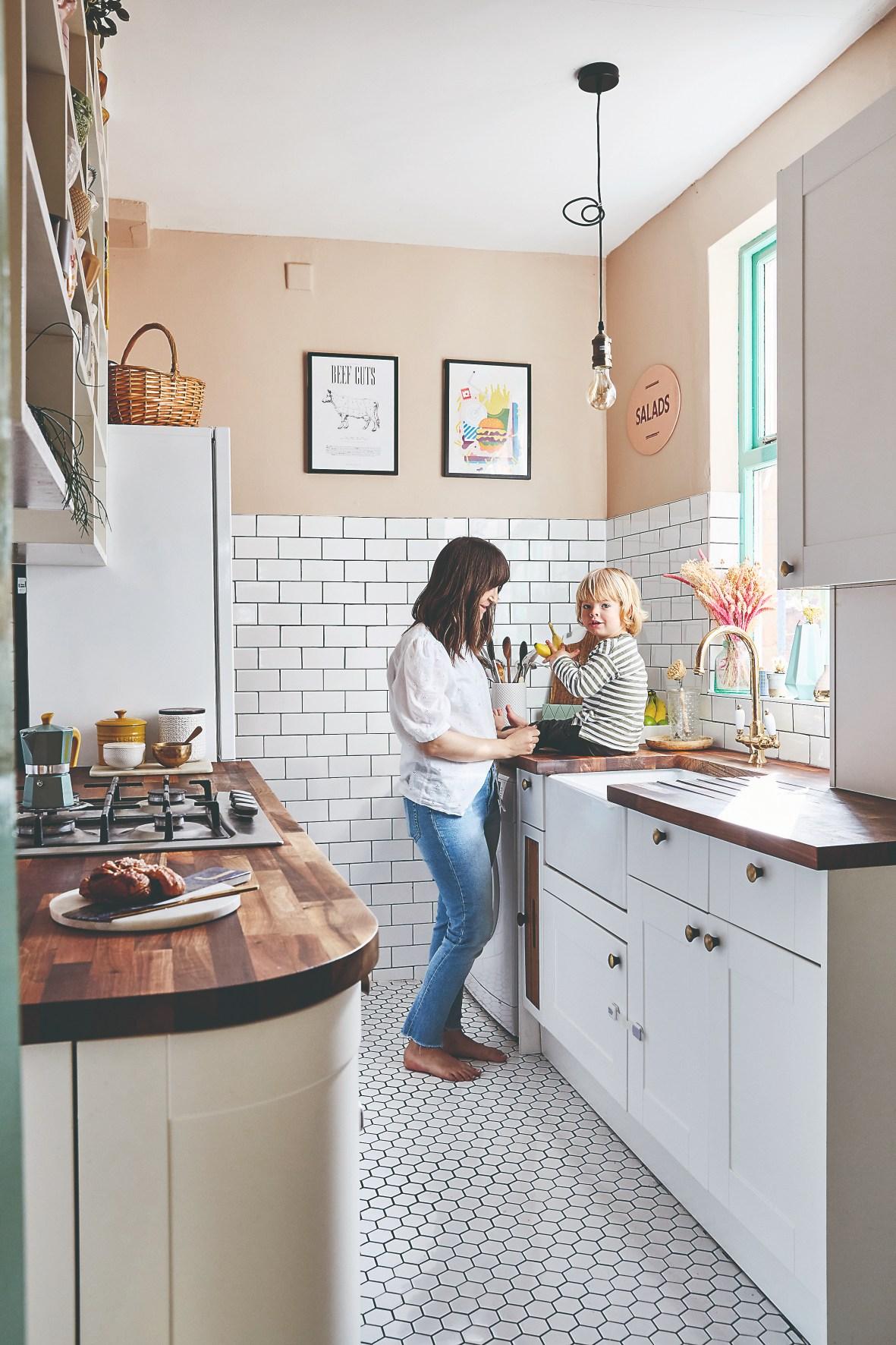 Kuchyň v bílé