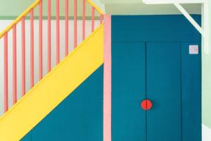 Schodiště barvy uložní prostory