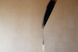 Jednotné hladké dřevěné stěny