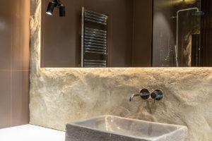 Koupelna s hlínou