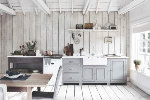 Provensalská kuchyň bílé trámy