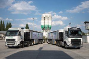 Kamiony a výrobní zařízení